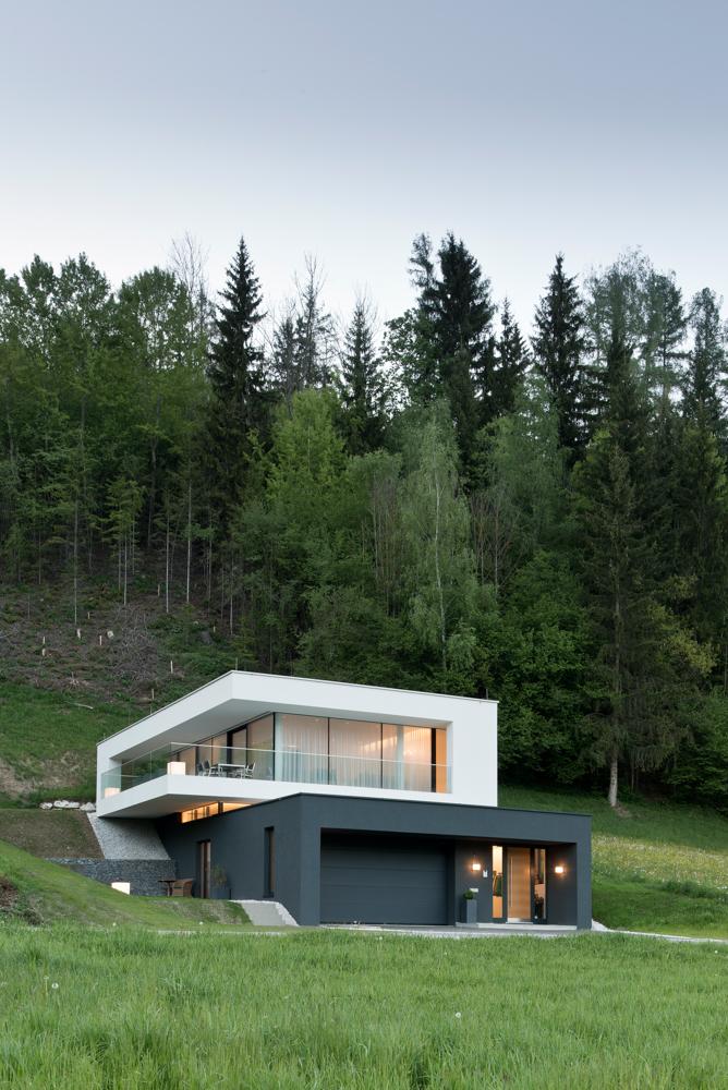 Haus t tischlerei kotrasch for Design della casa bungalow