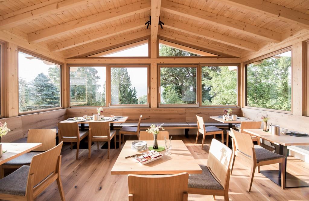 Alpenhof Ramsau-Holzfenster - Schiebefenster- Natur